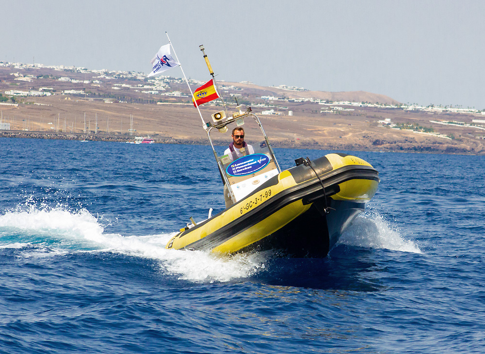 powerboat charter lanzarote